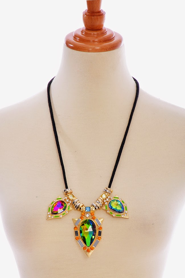 multi colored jewel necklace from Part and Parcel Blogshop