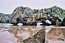 8 Fotografías, de la playa Cuevas del Mar, Asturias