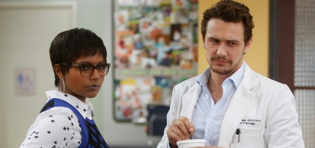 Kaling y Franco, en una escena en la clínica de The Mindy Project