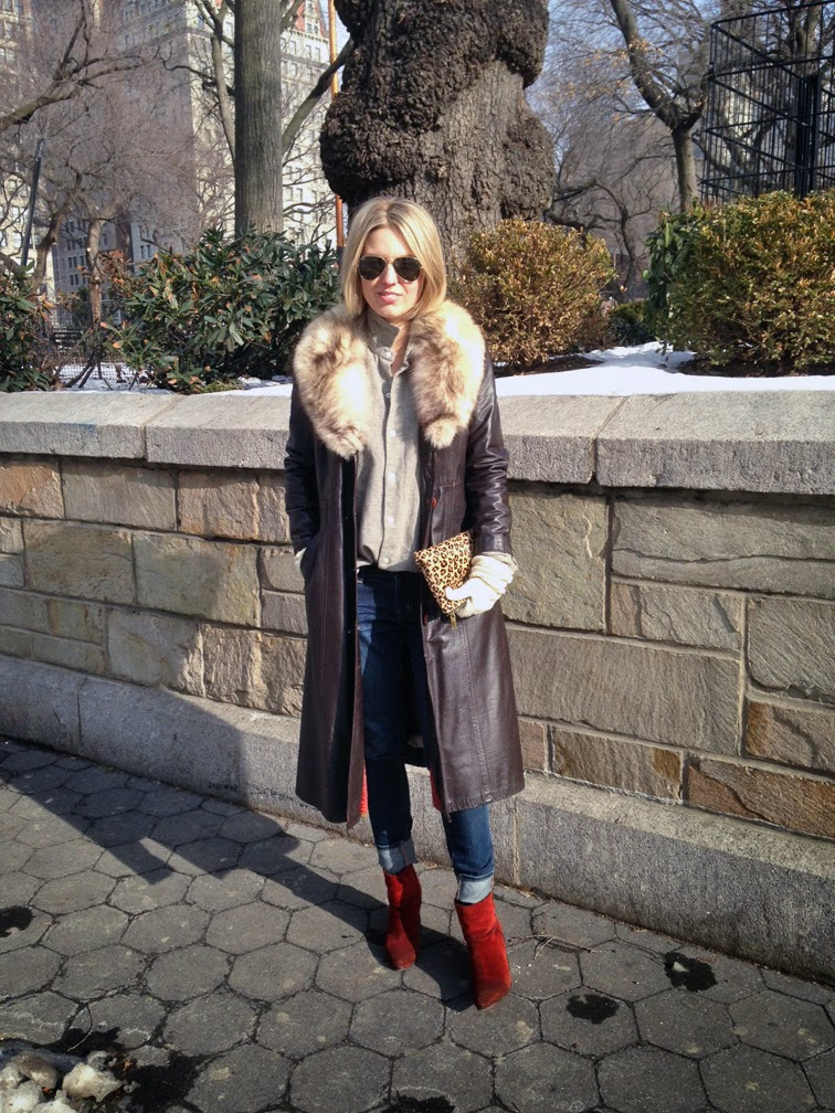 Short blond bob, Ray-Ban green/gold classic aviators, vintage brown leather trench coat, J.Crew leopard print pony hair clutch pouch, Rag & Bone red suede Newbury boots