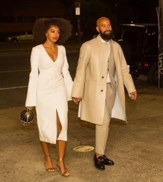 looks de casamento da cantora Solange Knowles vestido branco longuete