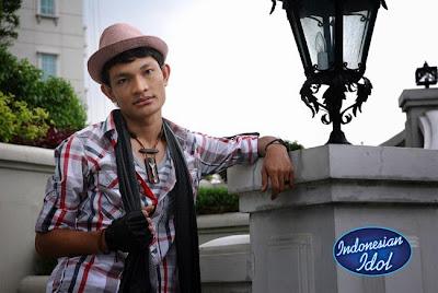 Febri Indonesian Idol 2012