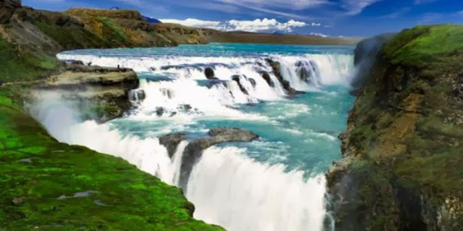 The Most Wonderful Waterfalls in the World - Gullfoss or Golden Falls