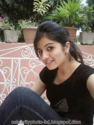 Deshi+girl+real+indianVillage+And+college+girl+Photos109