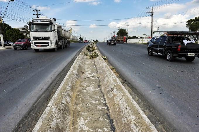 Governo do Amazonas dá sequência à segunda etapa de pavimentação da Torquato Tapajós