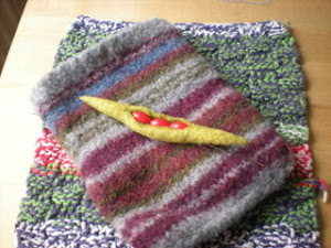 Mini felted bag by Basic Bags