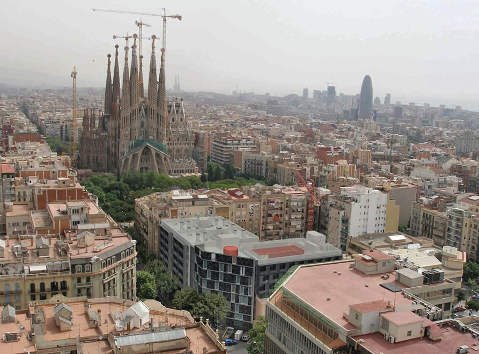 Amphitryon apartamentos de lujo para corta estancia en for Hoteles en barcelona centro para familias