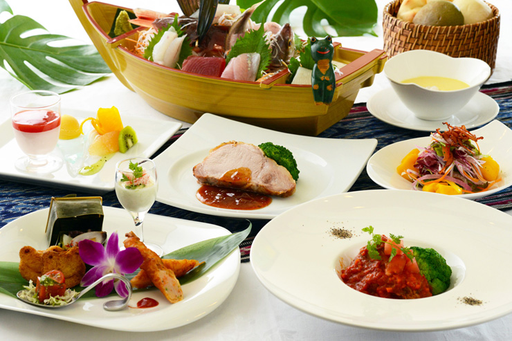 アンダのお料理はフレンチとジャパニーズをコラボしたディナーコースでございます。伊豆地産の新鮮な魚介をたっぷりとお召し上がりください。