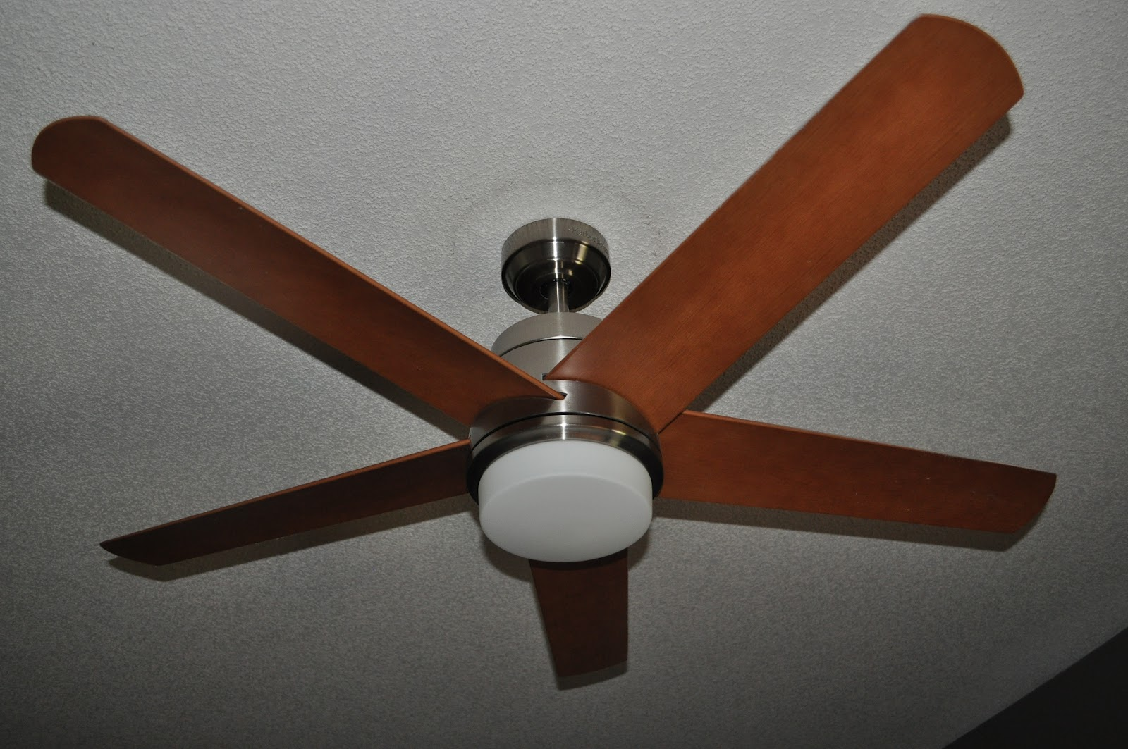 TEOLO FAN From Harbor Breeze (above Top Pic The Actual Fan In My House,  Bottom Pic Is From Lowes Website.