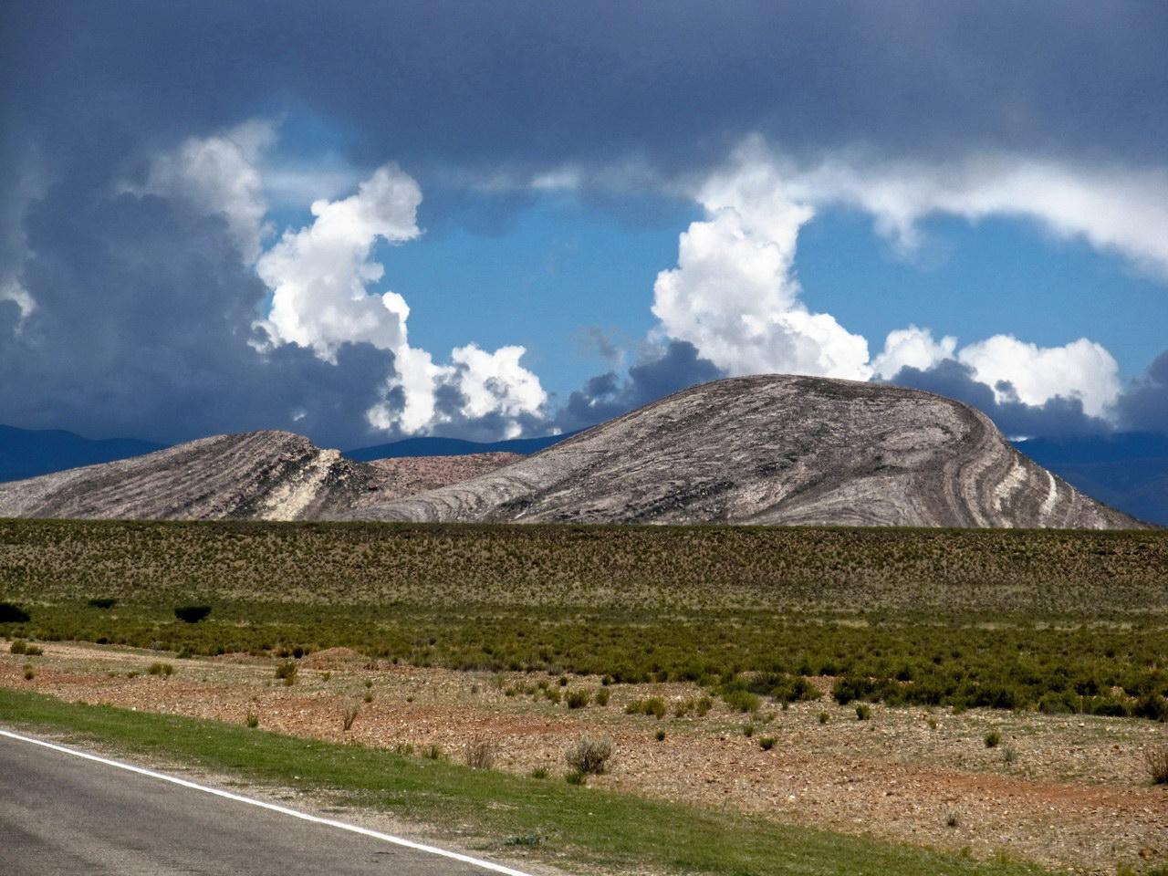 Cordón montañoso Ocho Hermanos, entre Yavi y la Quiaca (Argentina)