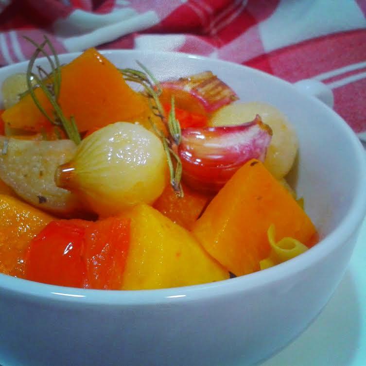 http://cuinasensemaldecap.blogspot.com.es/2014/02/verdures-al-forn-amb-herbes-provencals.html