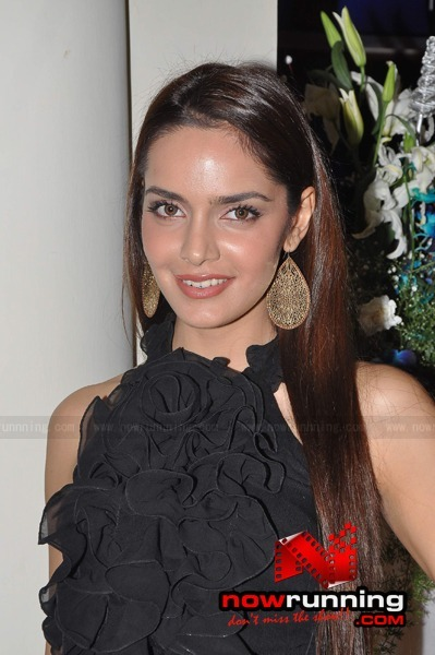 Shazahn Padamsee in black dress -  Shazahn Padamsee at the launch of 'Soie'