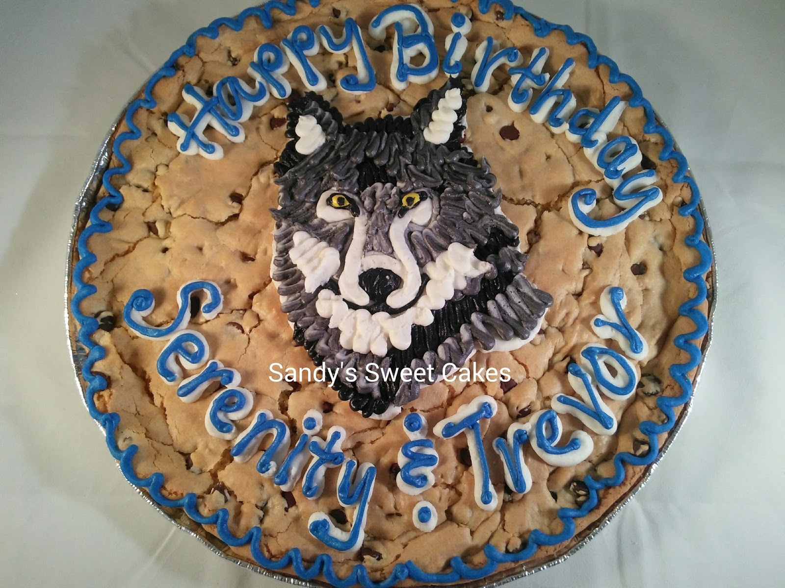 Sandys Sweet Cakes Wolf Cookie Cake