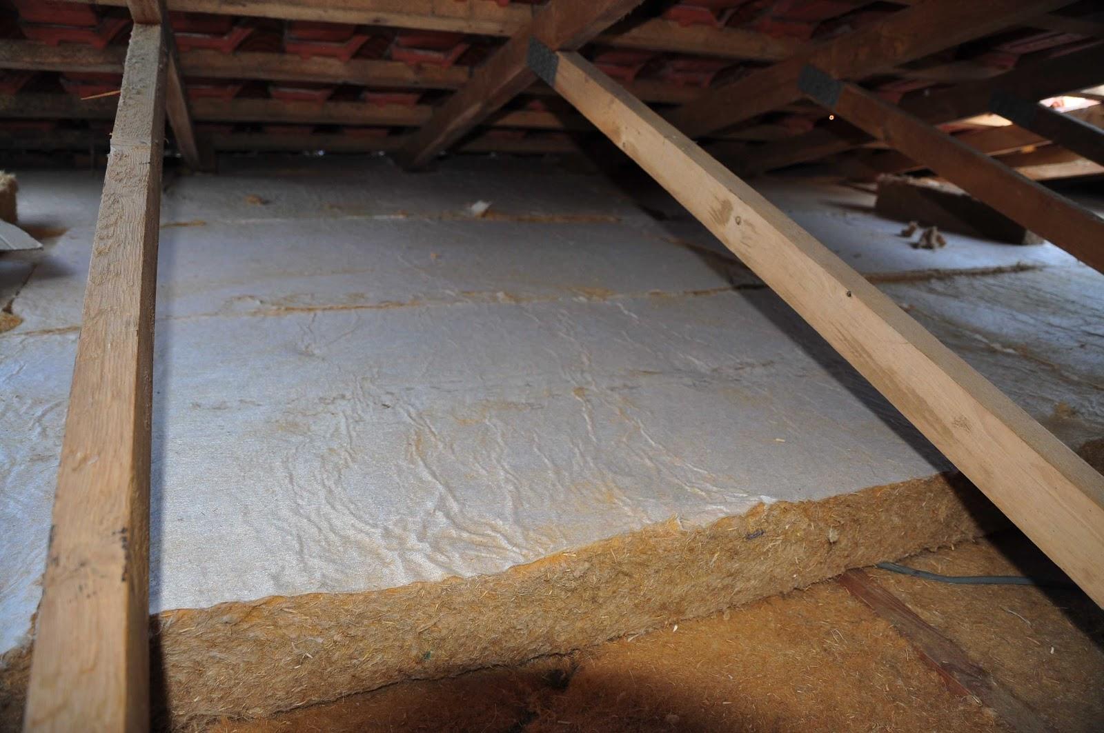 P le environnement solutions bois et toit v g tal pour l for Restauration d une table en bois