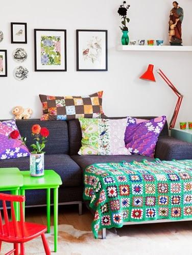 La silla turquesa la casa de un dise ador de juguetes - Disenador de casas ...