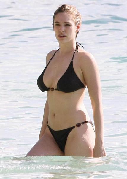 cute sexy star of world kelly brook in bikini