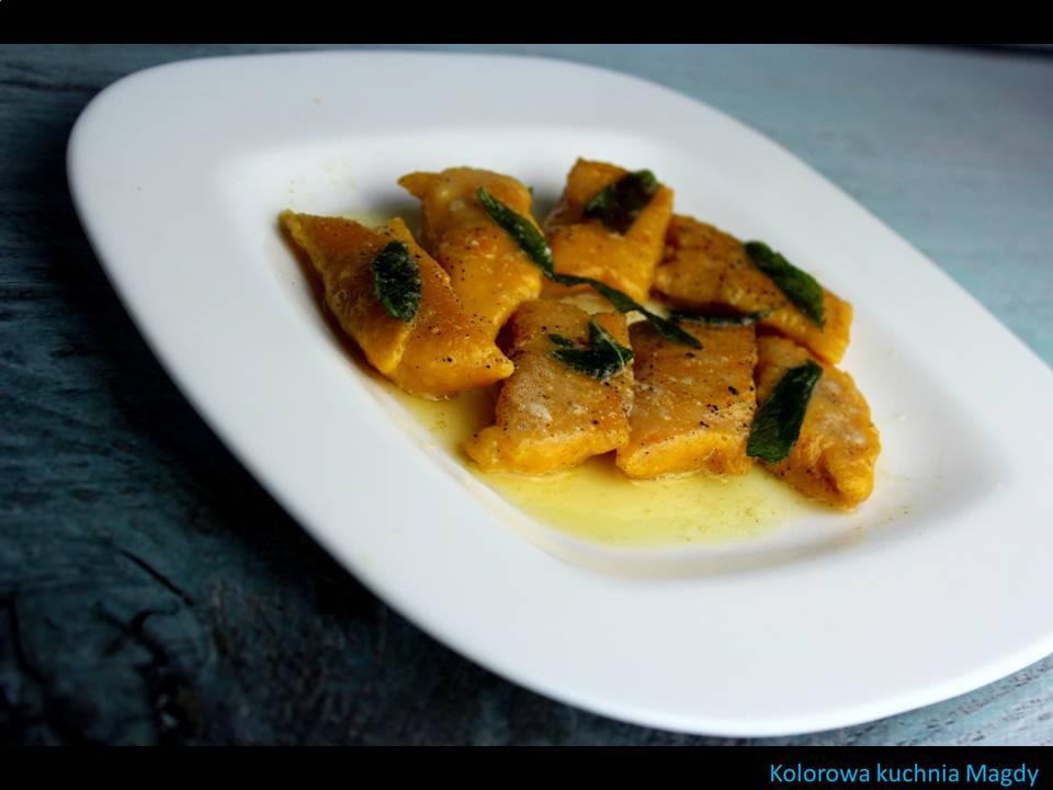 Kolorowa Kuchnia Magdy Kluseczki Marchewkowe Z Masłem