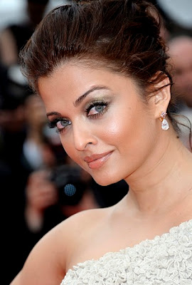 Aishwarya Rai 64th Cannes Film Festival Photos
