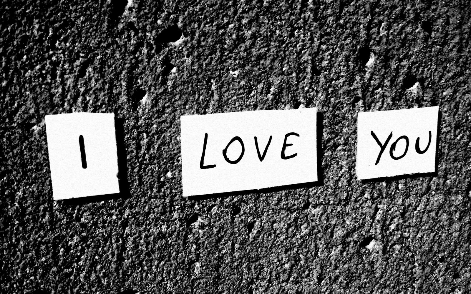 Best I Love you Images Written on Wall