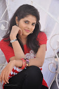 Sravya Photos Gallery at Love You Bangaram Press meet-thumbnail-16