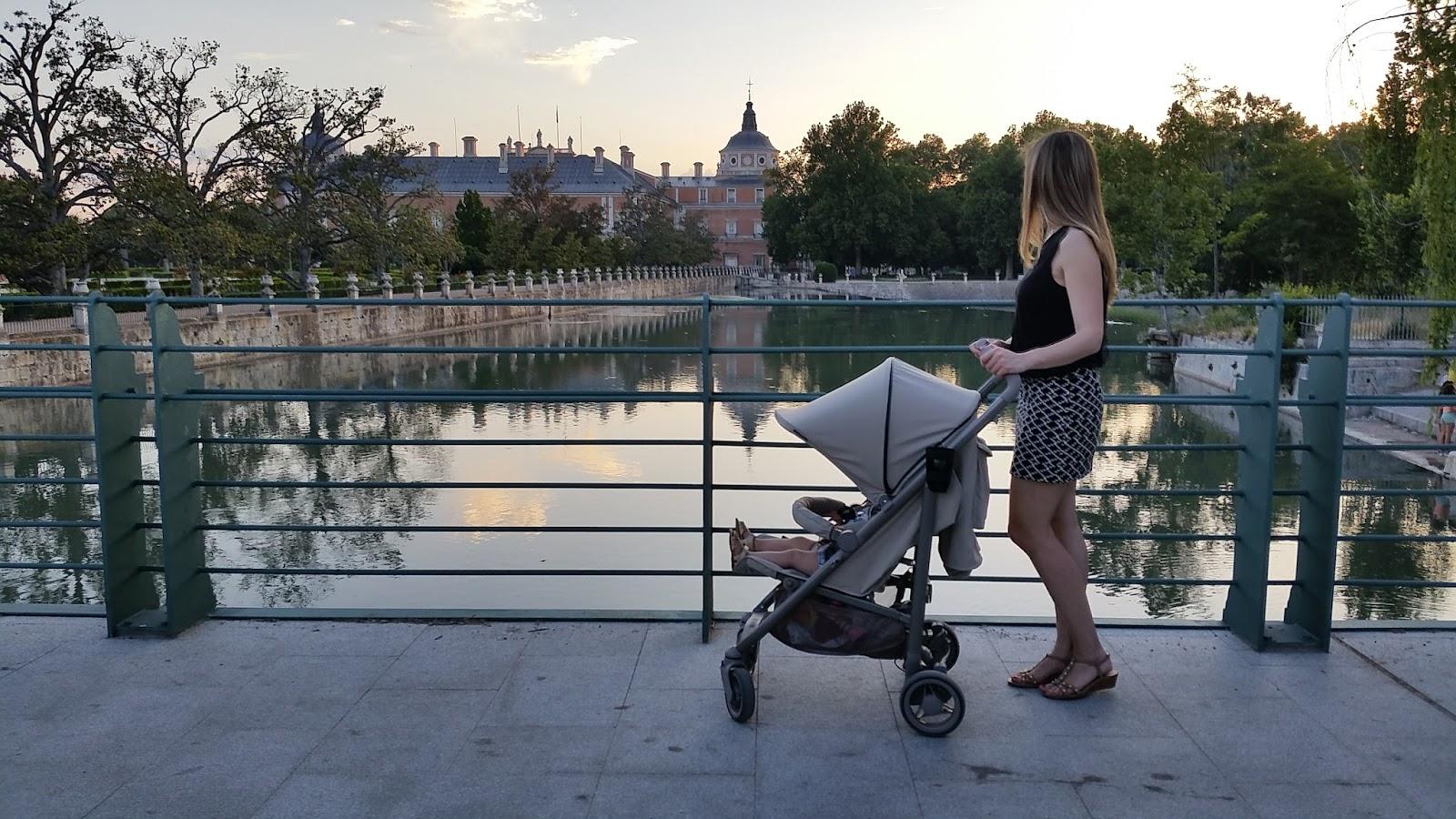 Mami a la moda spot de b b car una gran silla de paseo - Silla de paseo bebecar spot precio ...