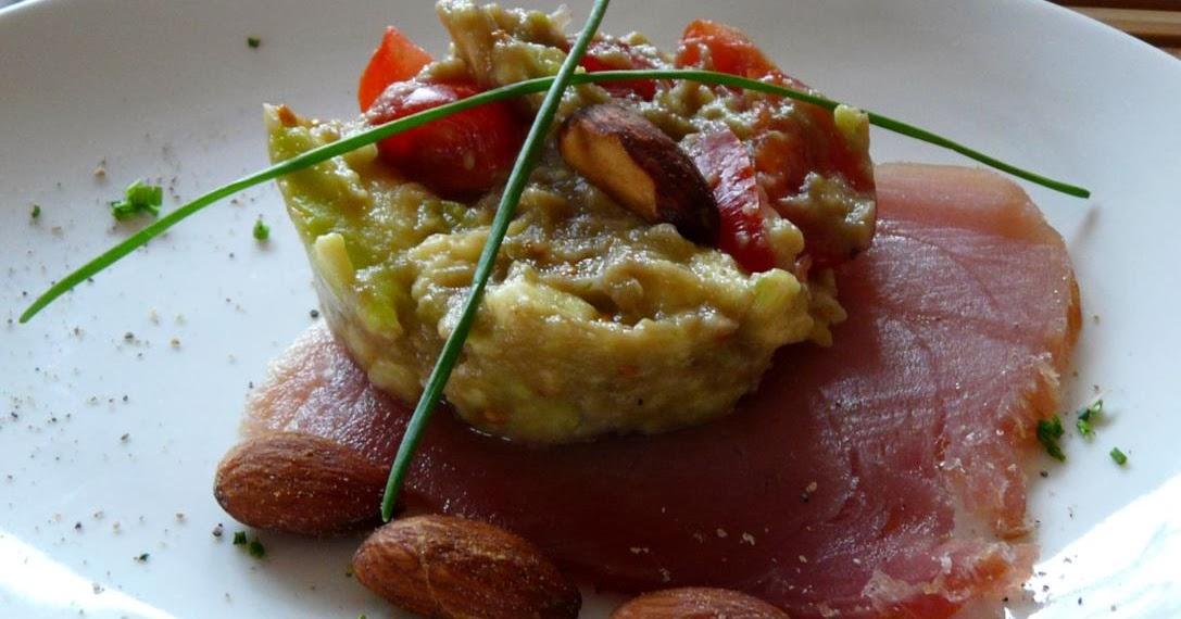 Geräucherter Thunfisch (Atun ahumado) mit Guacamole