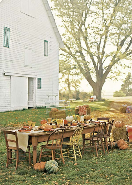 DIY Harvest Farmhouse Table via www.julieblanner.com