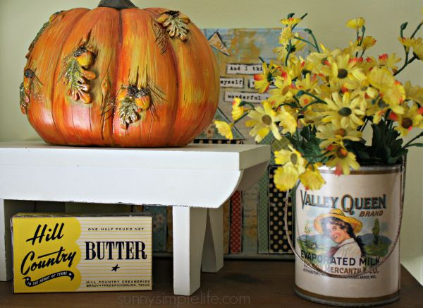 vintage kitchen, fall pumpkin