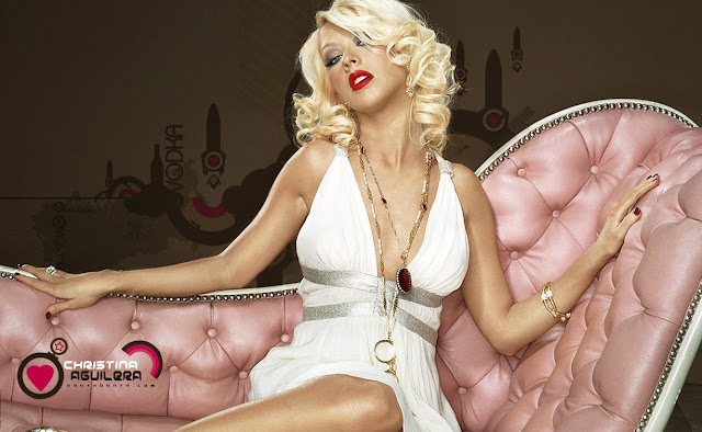 Christina Aguilera Photo Gallery