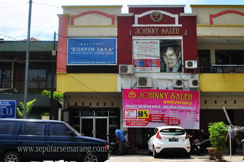 Johnny Saleh Salon Semarang