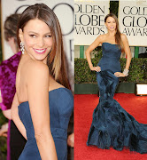 Sofia Vergara wore a body hugging Vera Wang mermaid gown.