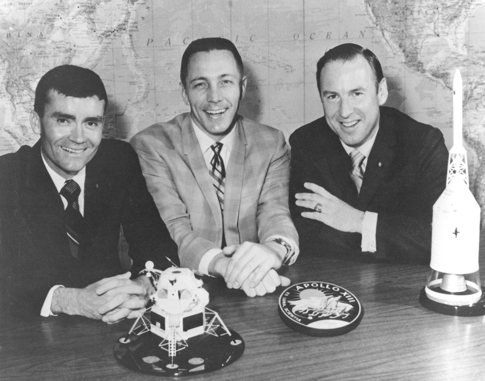 apollo 13 crew - photo #4