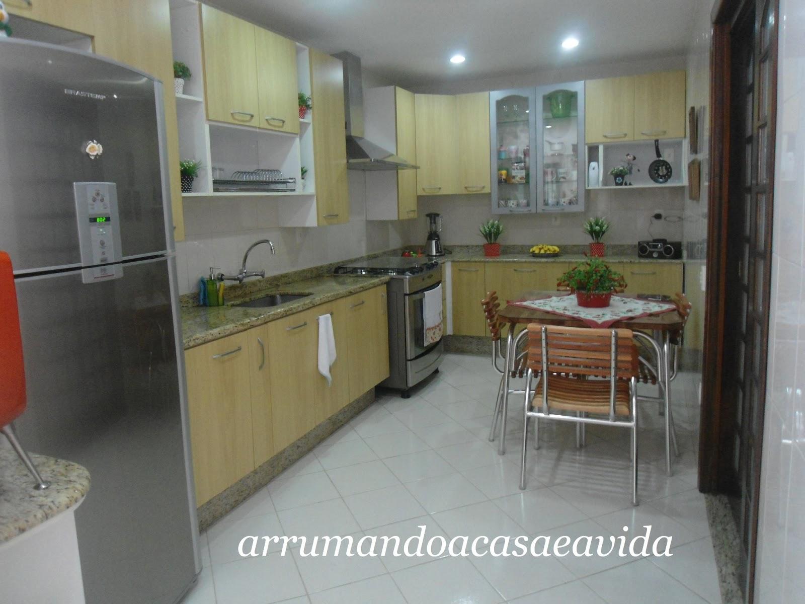 De Cozinha Related Keywords & Suggestions Armario Antigo De Cozinha  #6C412F 1600x1200