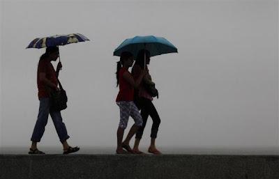 Rains bring respite to Noida