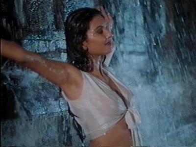 Deepti bhatnagar boob show