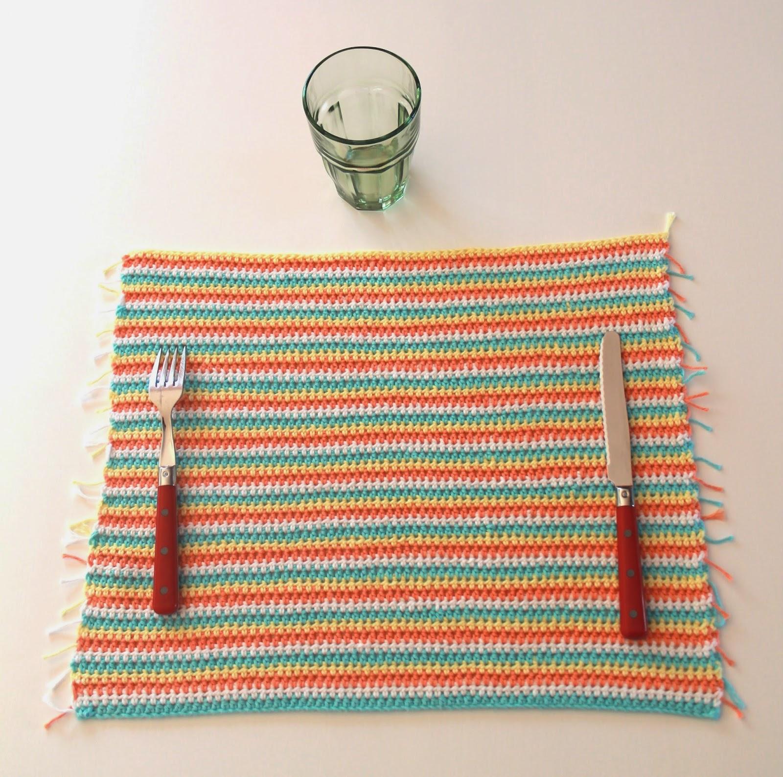 Bluettine set de table pour le d fi n 214 des serial - Set de table crochet ...