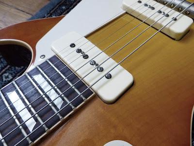 Electric guitar pickups signal P90