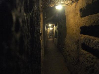 domitilla catacomb, 8 euro, scary, rome italy