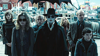 dark shadows-bella heathcote-michelle pfeiffer-jackie earle haley-johnny depp-chloe grace moretz-jonny lee miller-gullivar mcgrath