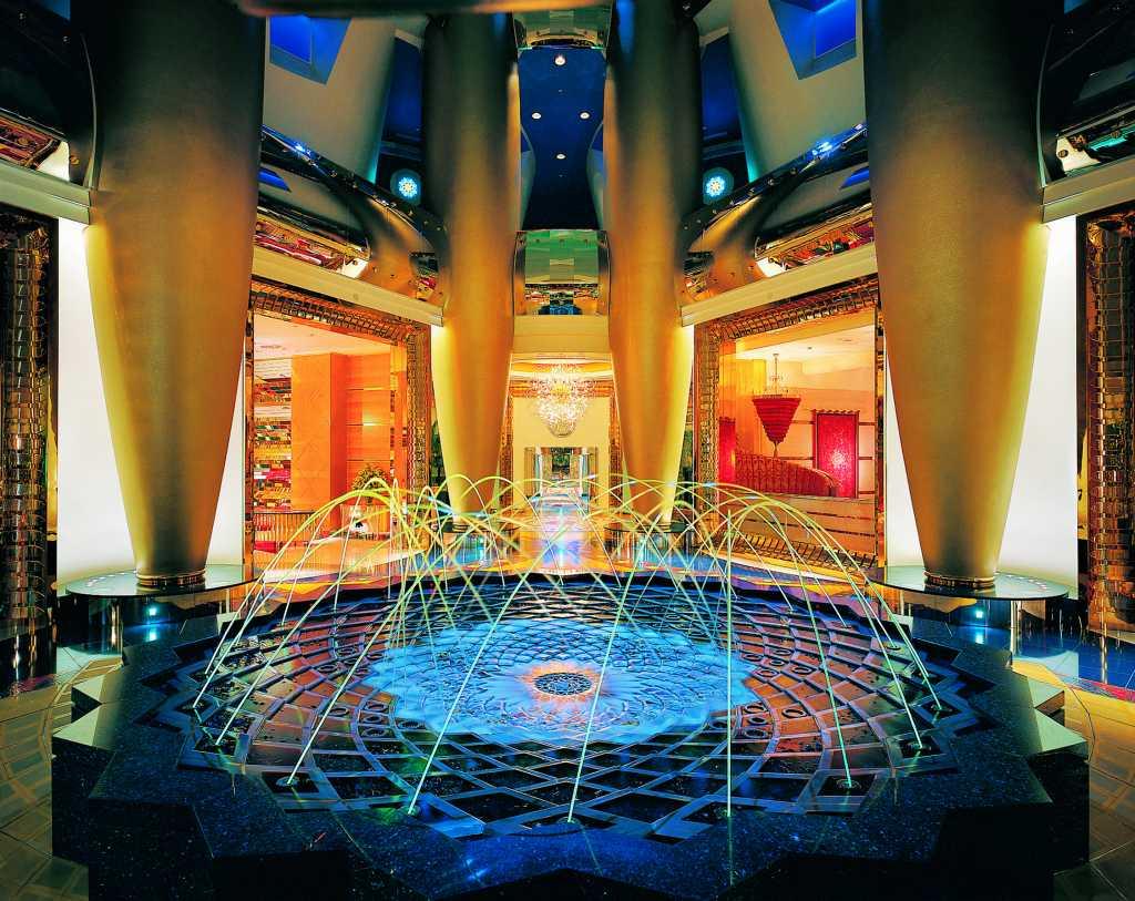 Burj+Al-Arab+Lobby.jpg