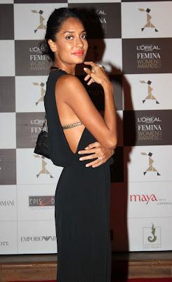 Sonam, Vidya, Aditi at 'Loreal Femina Women Awards 2013'