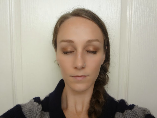 Eye makeup look using Chai Chai Chai eyeshadow quad using bronze, gold, brown and cream shadows.