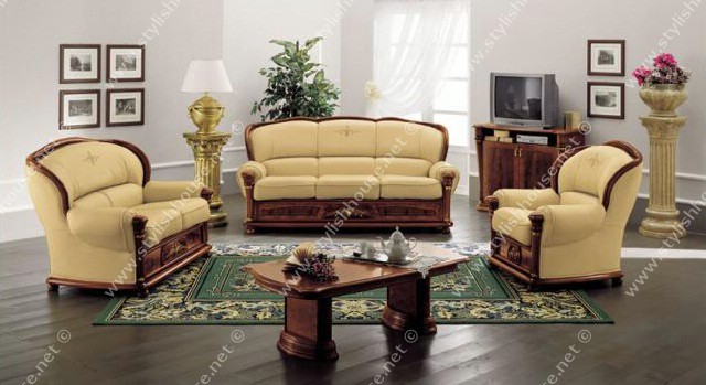 lovely Italian Leather living room furniture Set