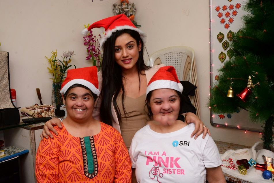 Mishti Chakraborty Christmas Celebration Photos