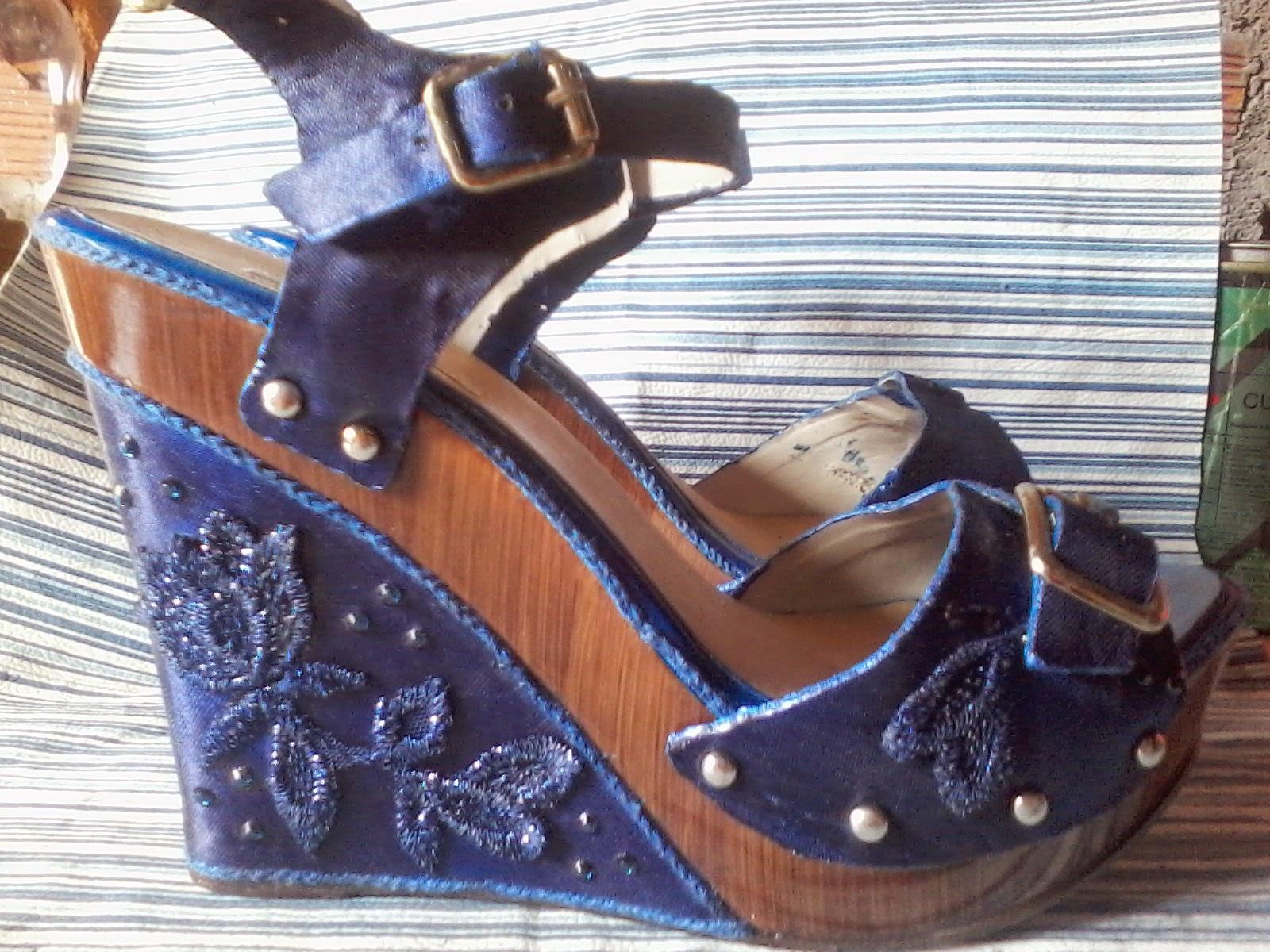 sandália azul Boutique com ArteCustomização Anabela da de cetim PkZuXOiTw