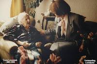 Anna Leeseman 1889-1990 gevierd als honderdjarige. Verzameling Leondyme