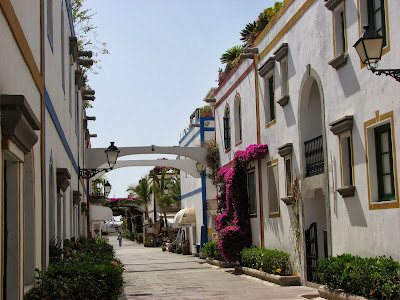 Street in Puerto de Morgan