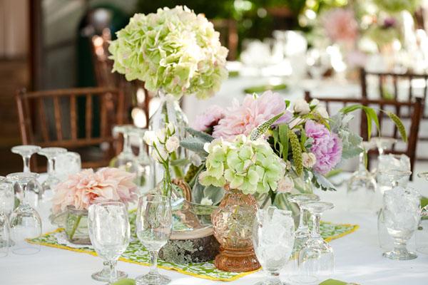 Hydrangea Wedding Table Decorations: Best ideas about hydrangea ...