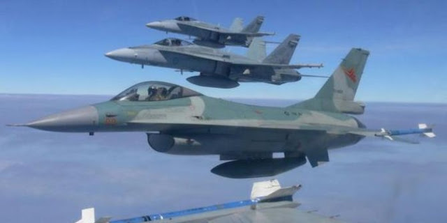 Aksi seru pilot F-16 TNI AU 'duel udara' lawan F-18 RAAF Australian di Kupang