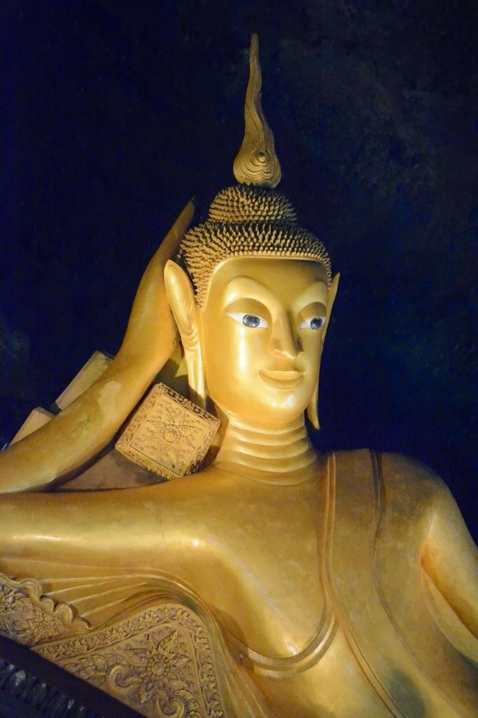 Watsuwankhuha Cave Phang Nga gold